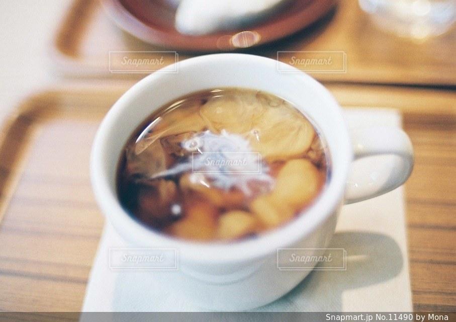 カフェにミルクの写真・画像素材[11490]