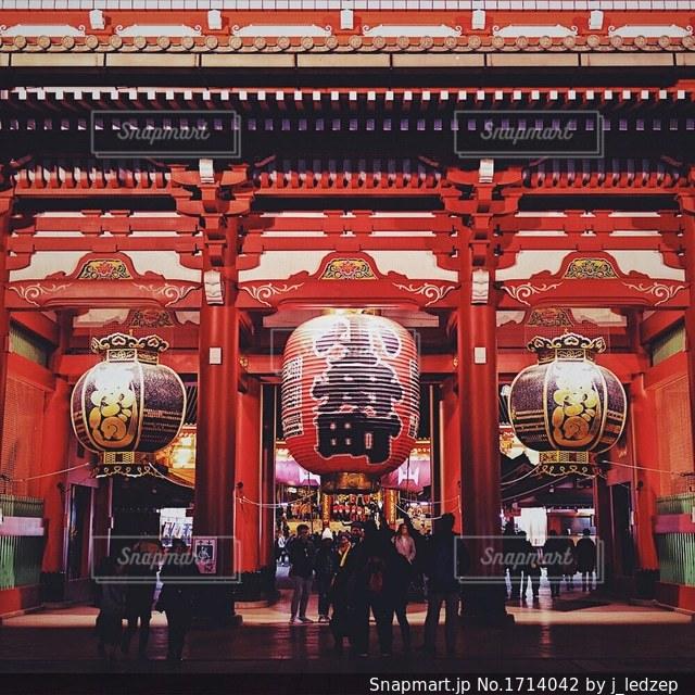 夜の浅草寺の写真・画像素材[1714042]