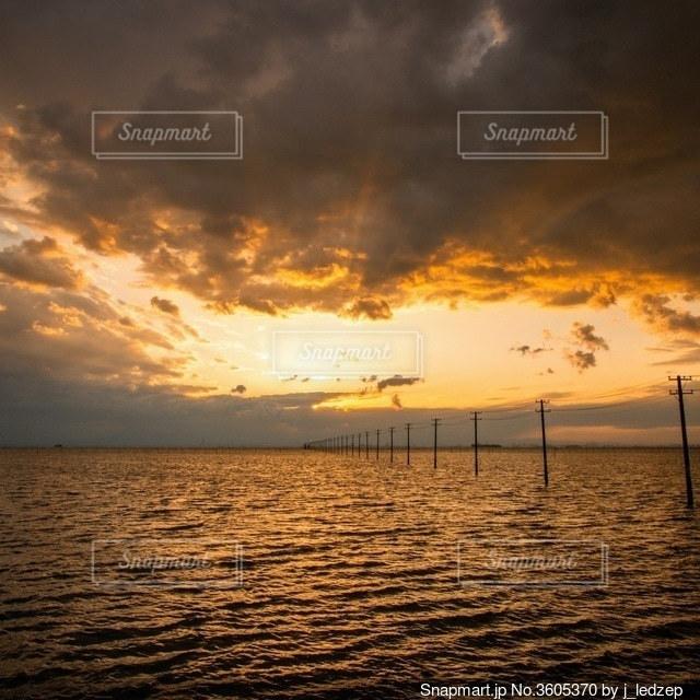 海の夕景の写真・画像素材[3605370]