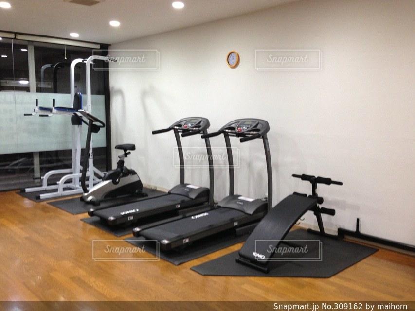 スポーツ,トレーニング,ジム,ダイエット,筋肉,スポーツジム,トレーニングマシン