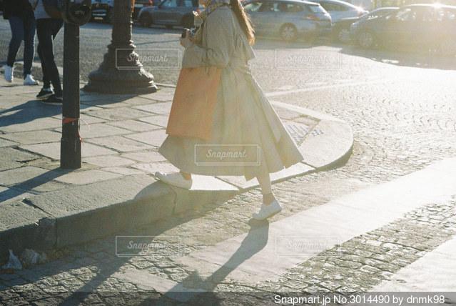 パリの横断歩道の写真・画像素材[3014490]