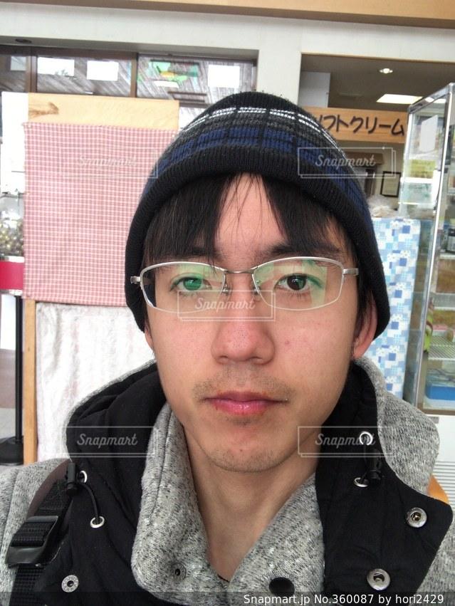 男性,冬,帽子,正面,メガネ