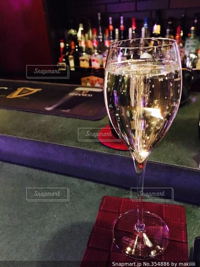 お酒,ワイン,バー,シャンパン,BAR,雰囲気,白ワイン,スパークリング