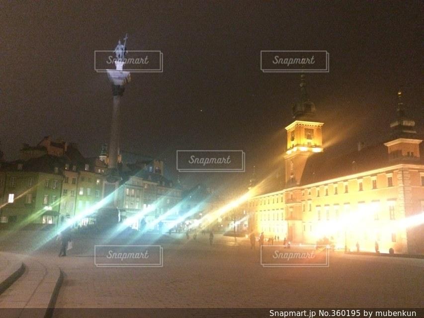 夜景,建築物,世界遺産,ヨーロッパ,ライトアップ,旅行,ポーランド,海外旅行,ワルシャワ,中欧,王宮前広場