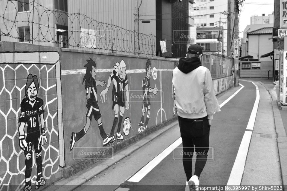 絵,モノクロ,壁,天神,おしゃれ,福岡県
