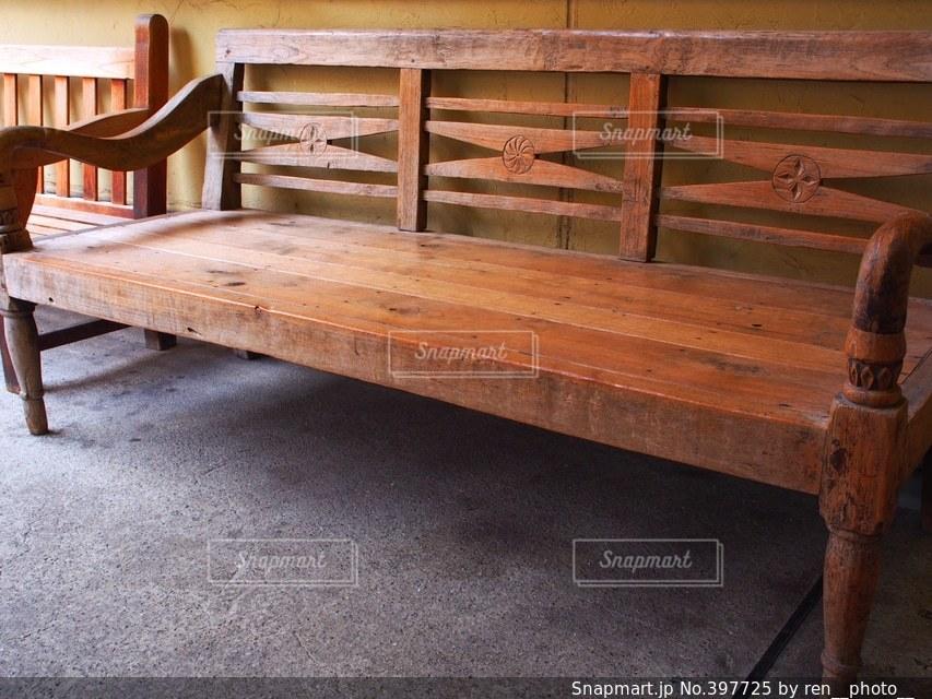 インテリア,木,茶色,ベンチ,椅子,お洒落,イス,暖かさ