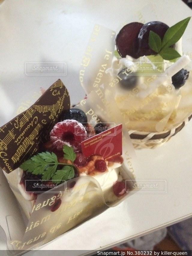 No.380232 ケーキ