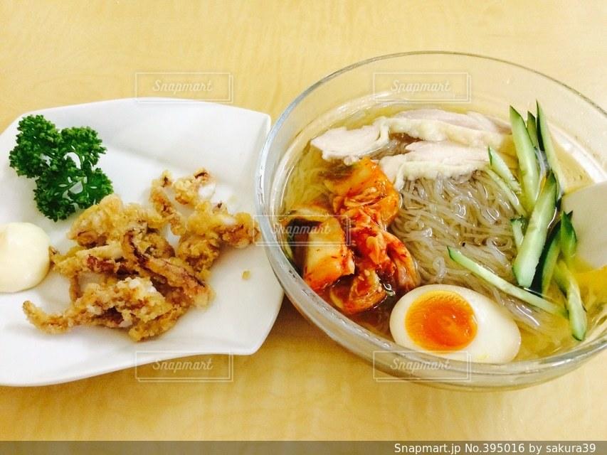 夏,美味しい,ラーメン,昼ごはん,韓国冷麺,ゲソ唐,ゴムみたい