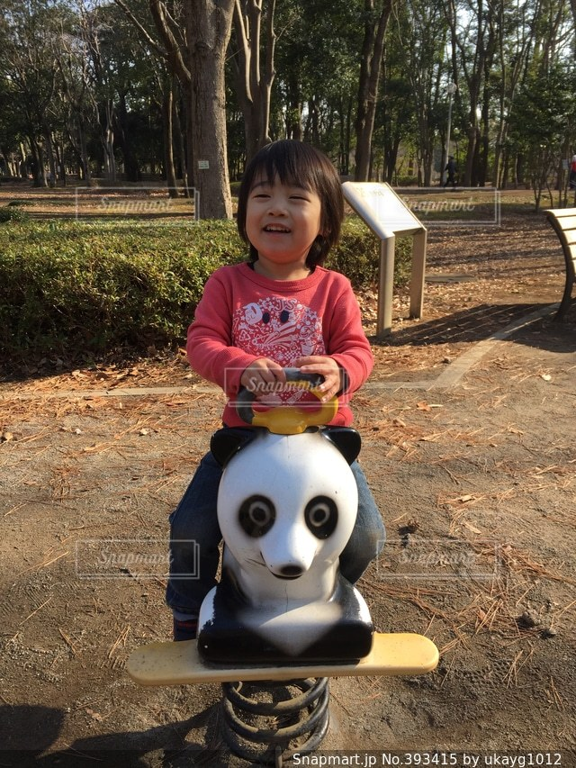 公園,乗り物,子供,パンダ,男の子,2歳
