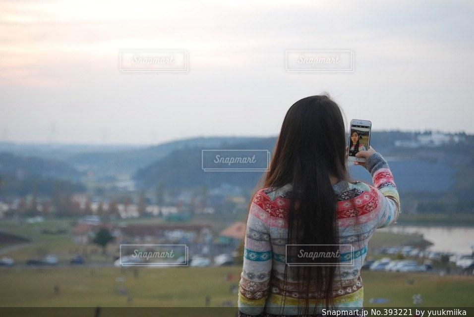 自然,秋,自撮り,後ろ姿,景色,日本,japan,selfie,カメラ越し
