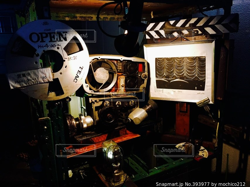 レトロ,古い,オシャレ,レコード,喫茶店,街中,映画,ホームシアター,8mmフィルム