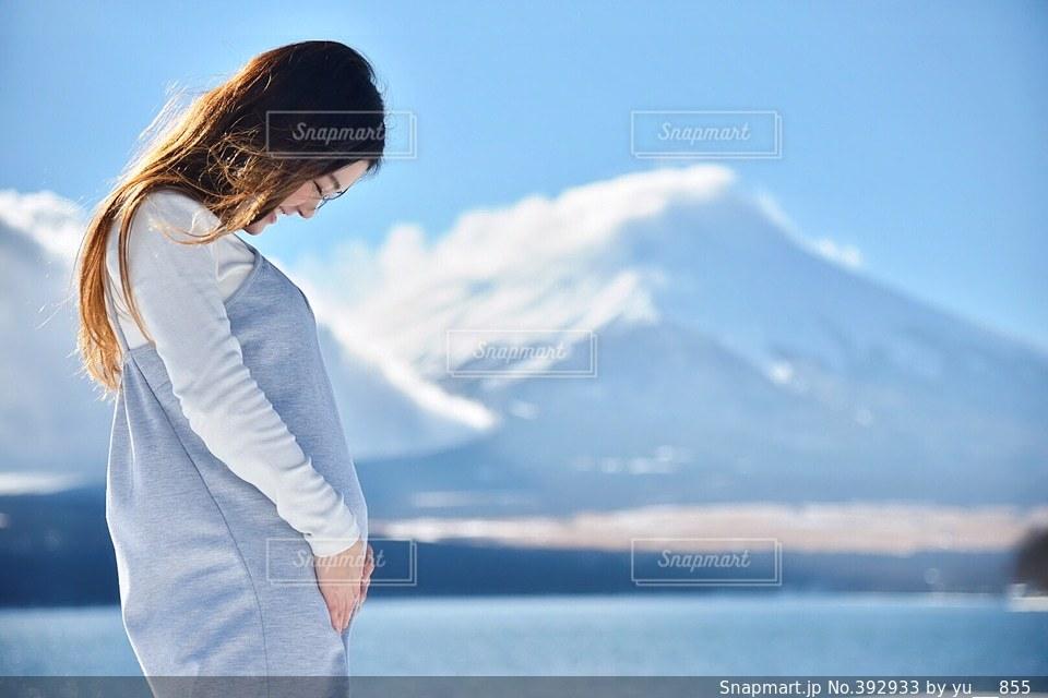 女性,モデル,冬,富士山,マタニティ,妊婦