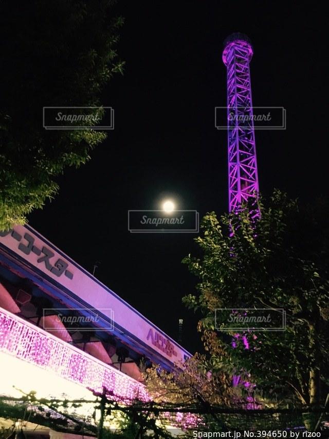 夜,夜景,タワー,イルミネーション,月,満月,花やしき