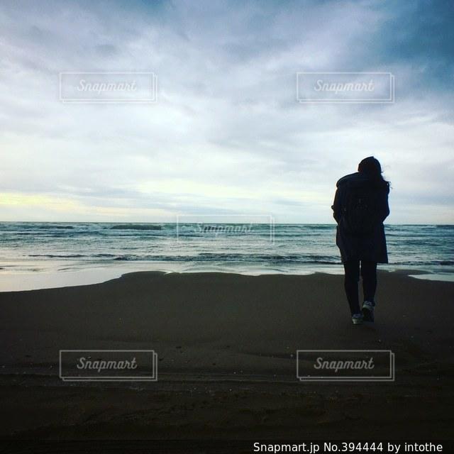 女性,海,海岸,シルエット