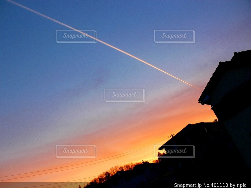 風景,空,夕日,夕焼け,夕方,飛行機雲,夕景