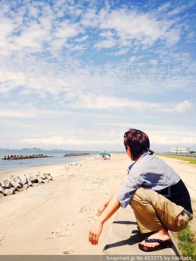 海,夏,景色,青春,黄昏,デート,思い出,友達,彼氏,リフレッシュ,男の背中