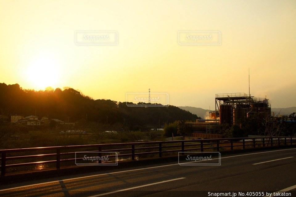 空,夕日,自転車,夕方,工場,旅,福島,日本一周