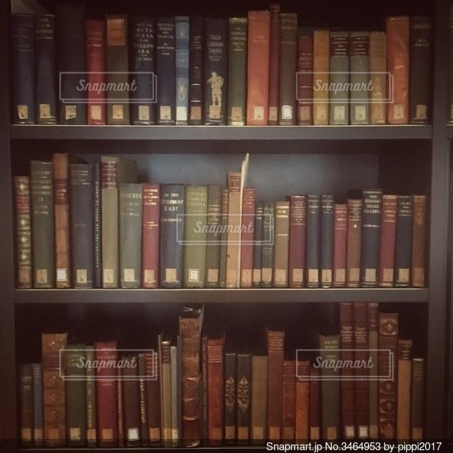 本棚の写真・画像素材[3464953]