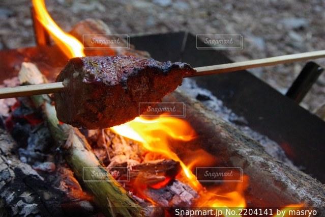 火事のクローズアップの写真・画像素材[2204141]