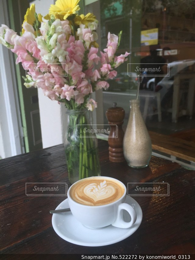 カフェの写真・画像素材[522272]