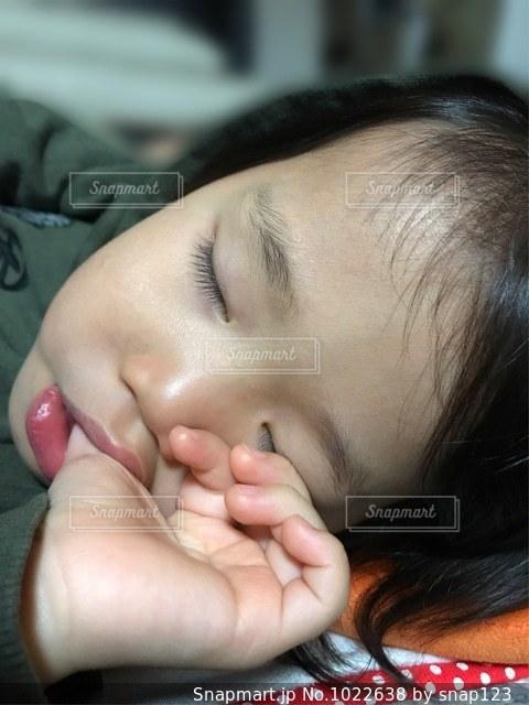 寝顔の写真・画像素材[1022638]