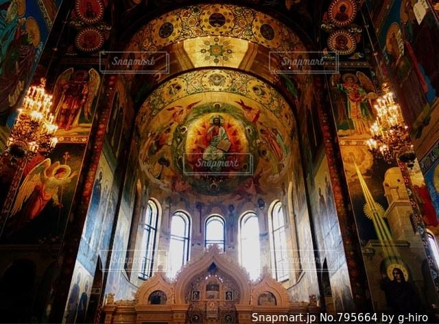 世界で最も美しい壁画。サンクトペテルブルクの血の上の救世主教会。の写真・画像素材[795664]