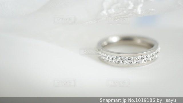 誓いのリングの写真・画像素材[1019186]