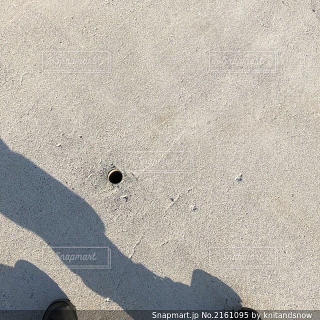 コンクリートと影の写真・画像素材[2161095]