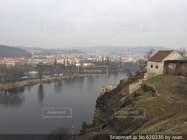 プラハ郊外の街並みの写真・画像素材[620230]