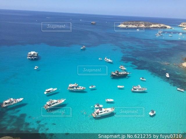 ランペドゥーザ島、空飛ぶ船、海、イタリア、海外、絶景の写真・画像素材[621235]
