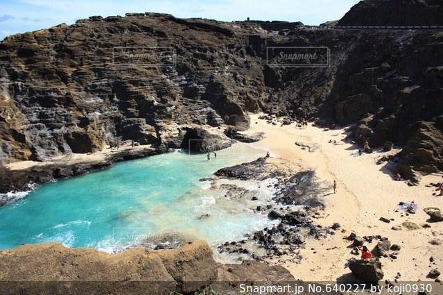 ハワイ ハロナビーチコーブ パイレーツカリビアン 映画ロケ地の写真・画像素材[640227]