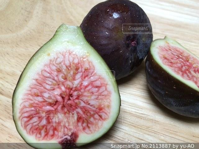 イチジク(ブラックイスキア)の果実の写真・画像素材[2113887]