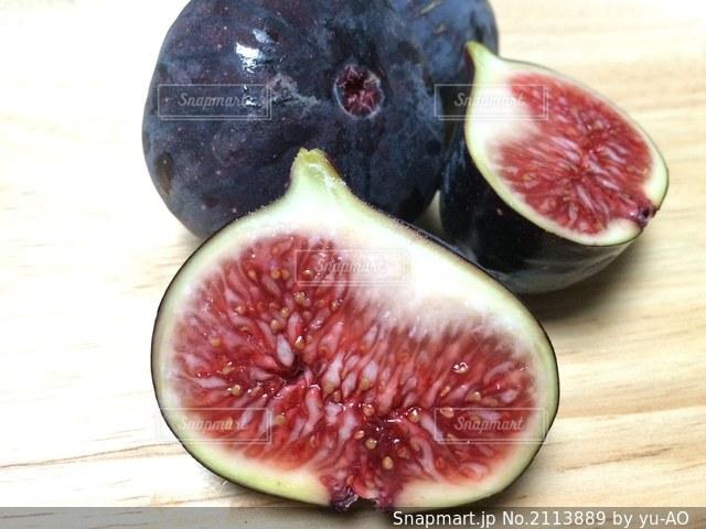 果物のビオレソリエスの写真・画像素材[2113889]