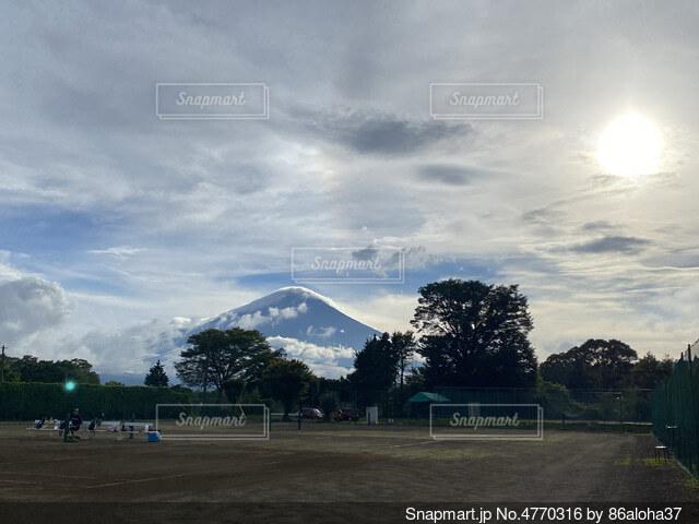 空の雲の群の写真・画像素材[4770316]