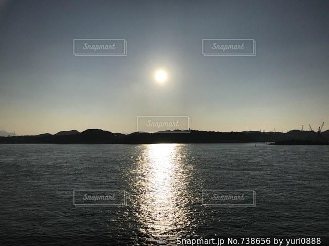 水の大きな体の写真・画像素材[738656]