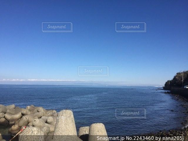 空と海のコントラストの写真・画像素材[2243460]