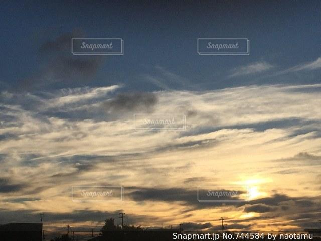 空の雲の写真・画像素材[744584]