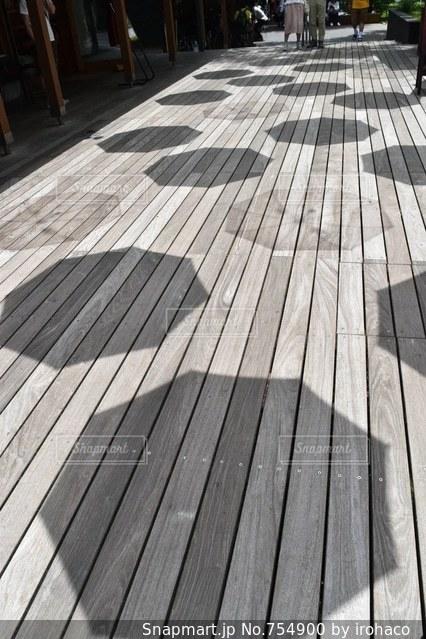 木製ベンチの写真・画像素材[754900]