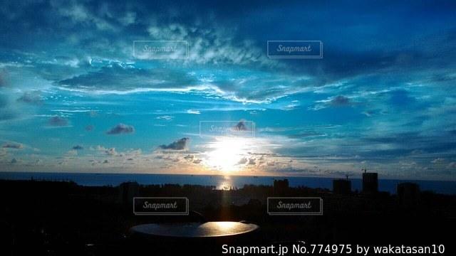 幻想的な海の写真・画像素材[774975]