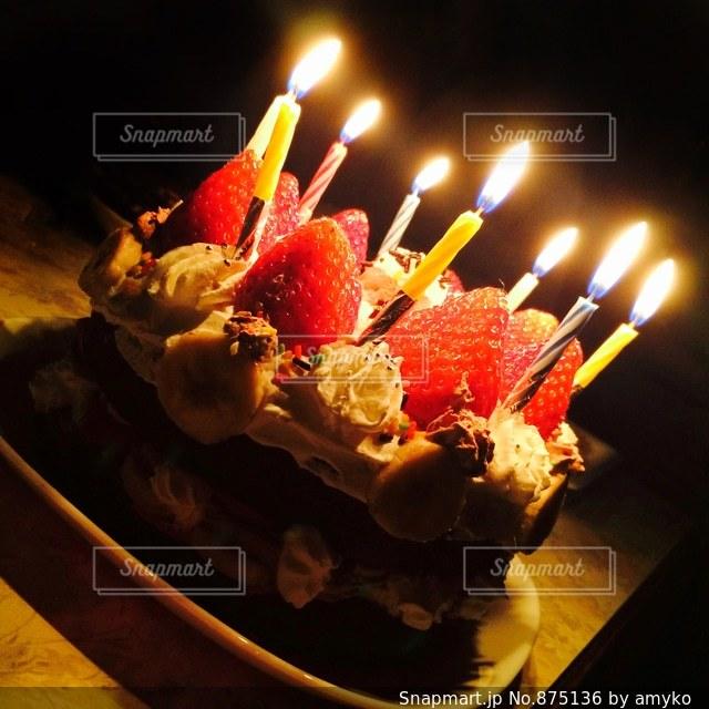 バースデーケーキの写真・画像素材[875136]