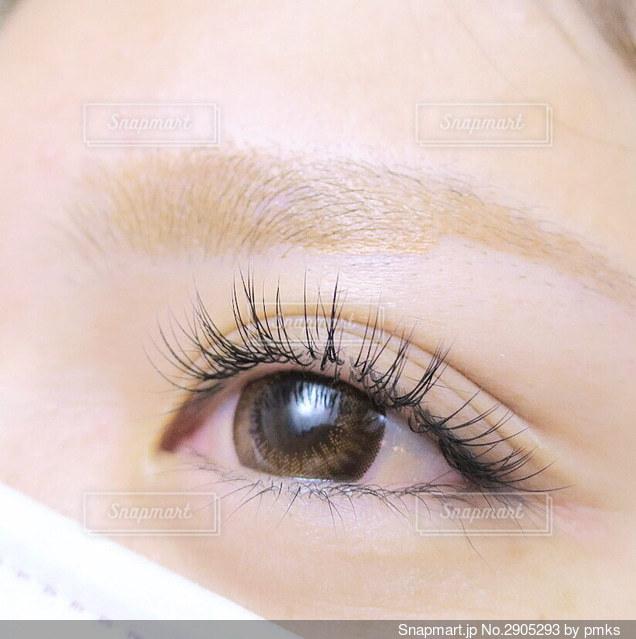 人の顔のクローズアップの写真・画像素材[2905293]