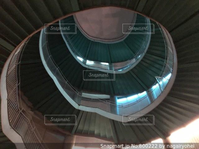 螺旋階段の写真・画像素材[800222]