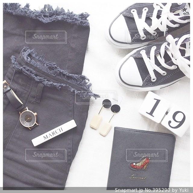 ファッション,カメラ女子,腕時計,オシャレ,ピアス,お洒落,コンバース,置き画