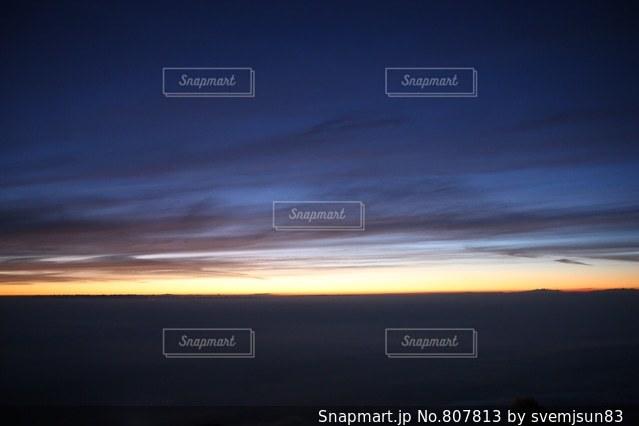 富士の朝日の写真・画像素材[807813]
