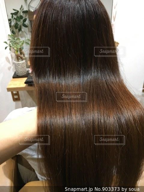 艶のあるカラーヘアーの写真の写真・画像素材[903373]