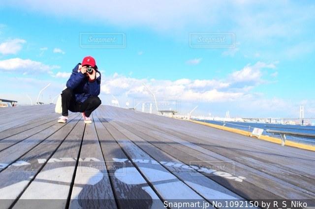 カメラ女子の写真・画像素材[1092150]