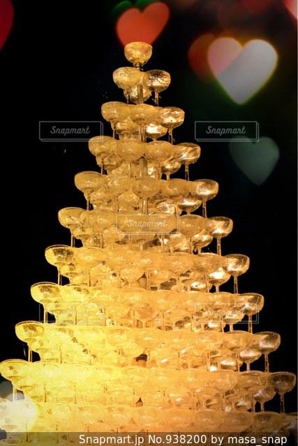 シャンパンタワーの写真・画像素材[938200]