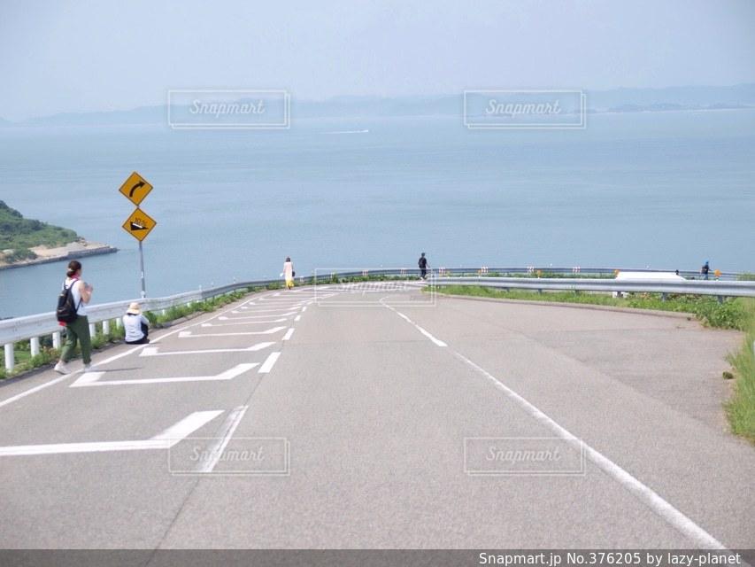 海に続く道の写真・画像素材[376205]