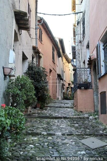 フランスのおしゃれな路地裏の写真・画像素材[949967]