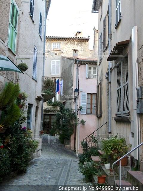フランスのおしゃれな路地裏の写真・画像素材[949993]